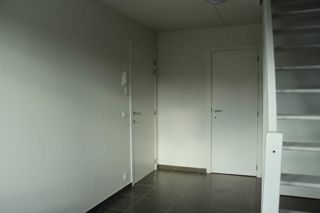 Wilgenstraat 45 - Kamer 22 - Deur kamer, deur badkamer en trap