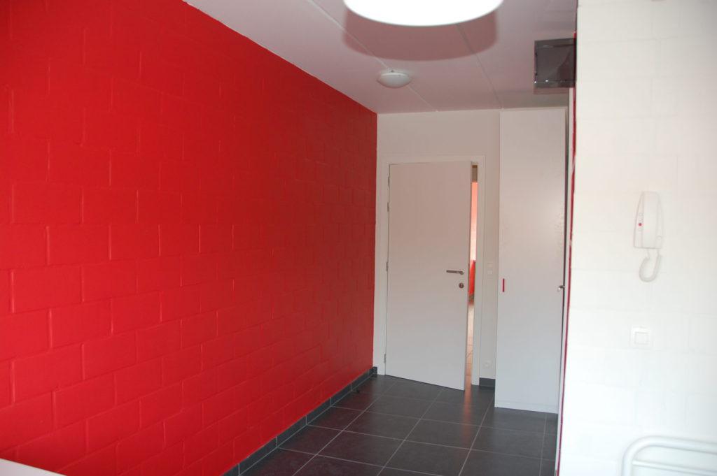 Sint-Jozefsstraat 30 - Kamer 14 - Gang en deur kamer