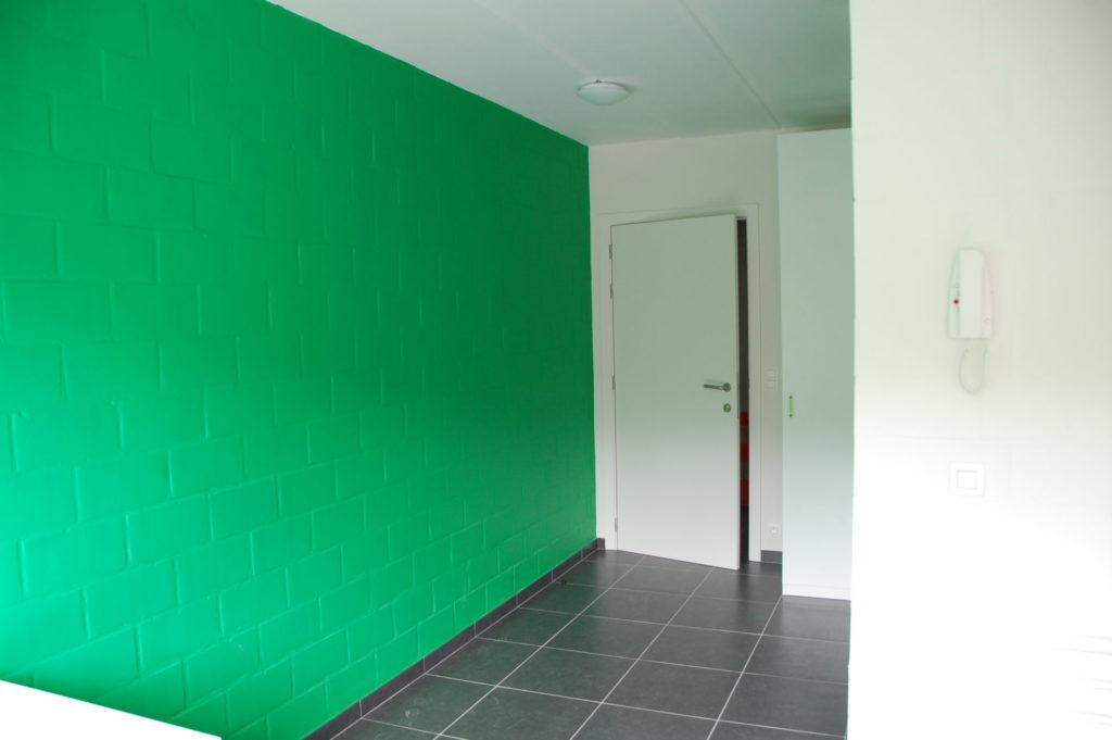 Sint-Jozefsstraat 30 - Kamer 18 - Gang, deur kamer, kast en telefoon