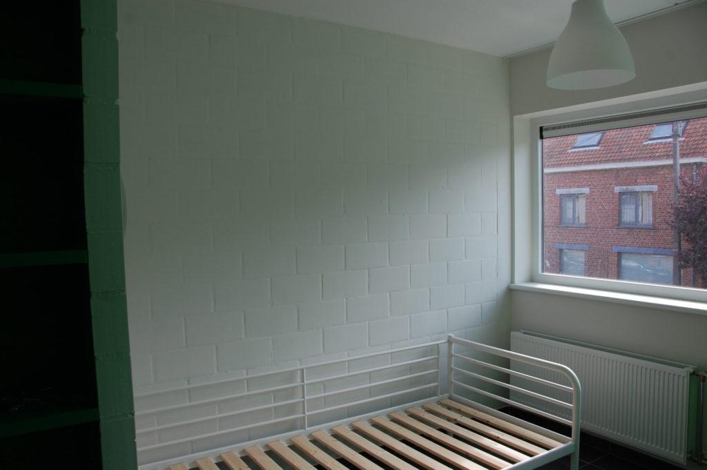 Sint-Jozefsstraat 30 - Kamer 18 - Rek en bed