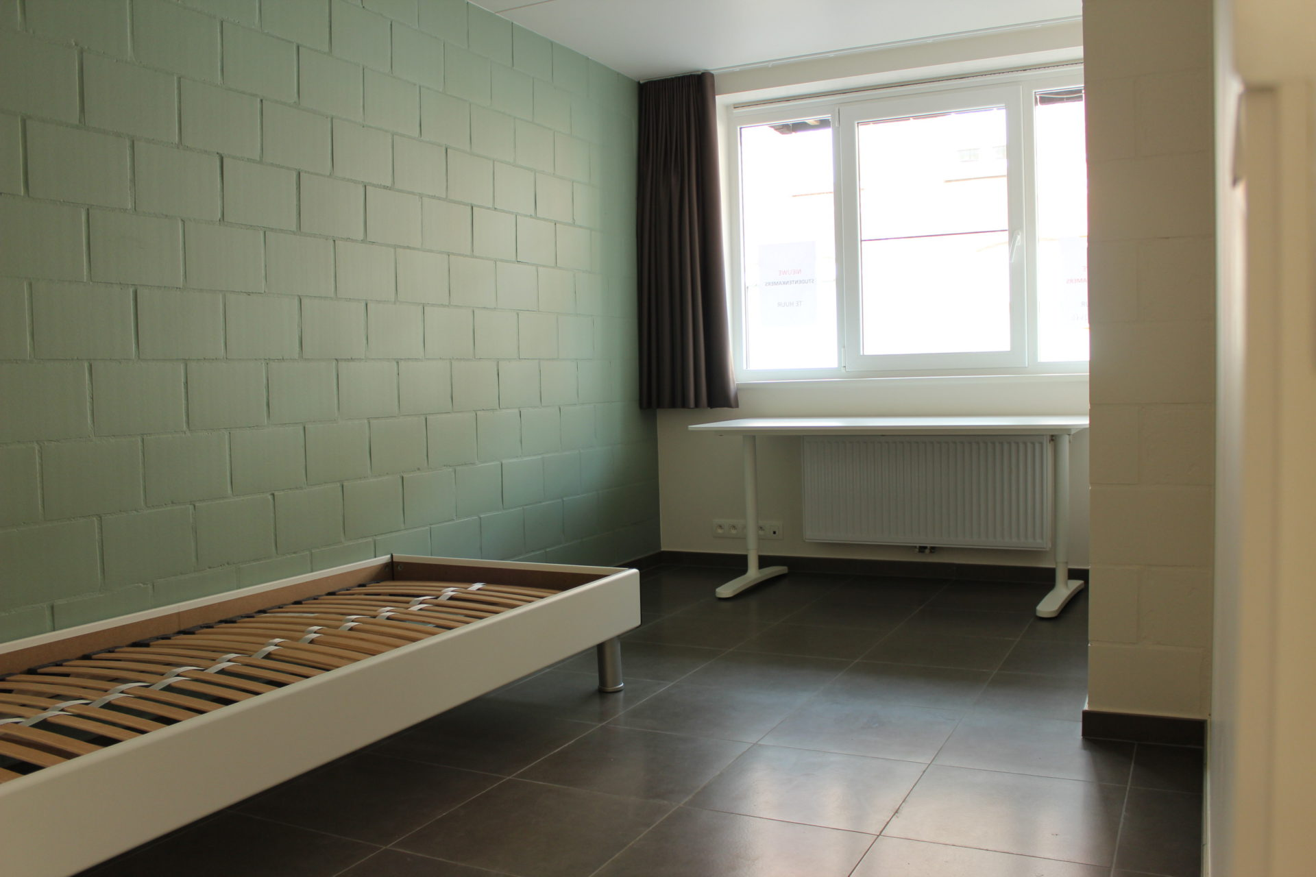 Studentenkamer 260 Maand 16 M² Roeselare Kot 8800