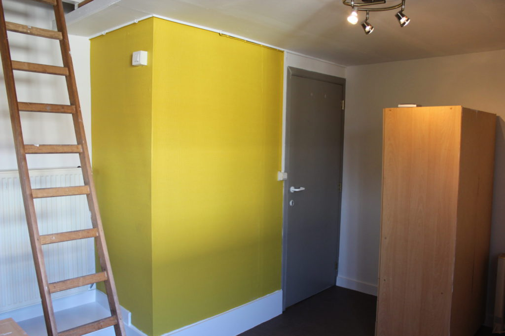 Wilgenstraat 49 - Kamer 14 - Ladder, deur kamer en kast