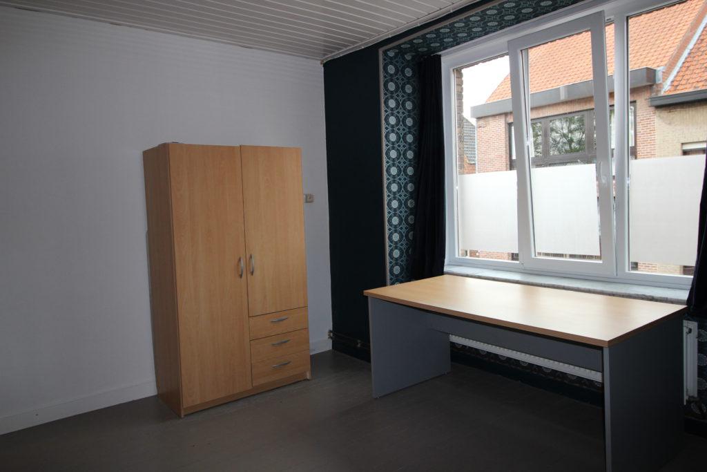 Wilgenstraat 49 - kast en bureau
