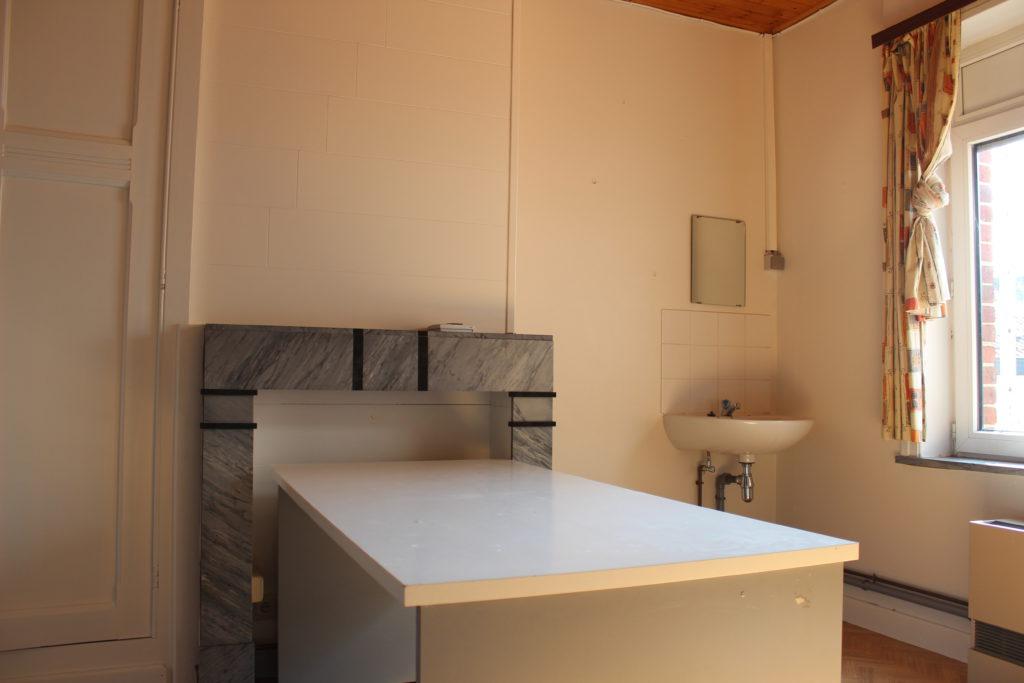 Wilgenstraat 49 - bureau en lavabo