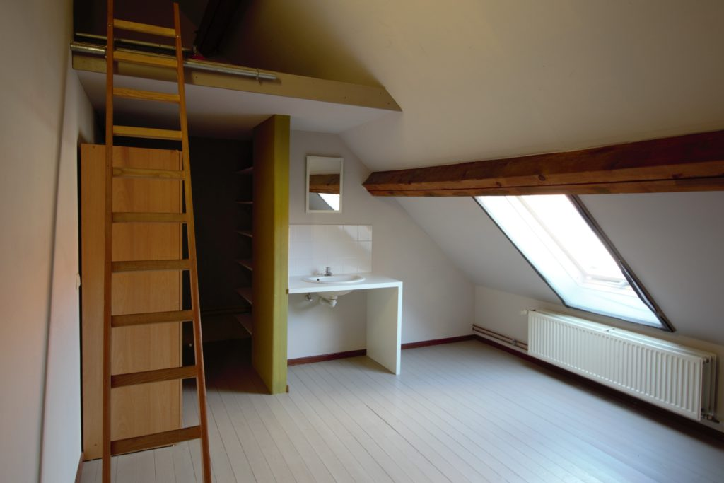 Wilgenstraat 49 - lavabo en trap