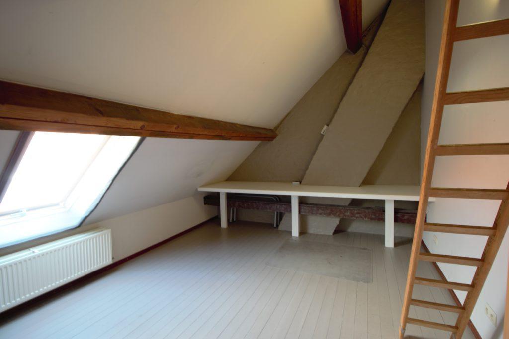 Wilgenstraat 49 - trap en bureau